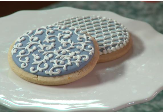 Photo of pretty cookies you can make in a Crafty Membership deal class